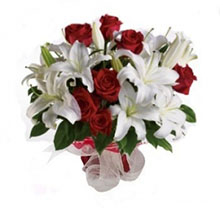 Bouquet with Roses and Lilium